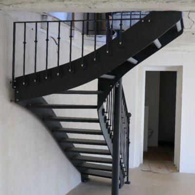 Escalier balancé - Laroquebrou (15)