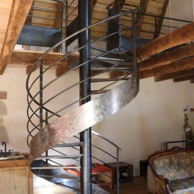 Escalier métallique - Ladinhac (15)